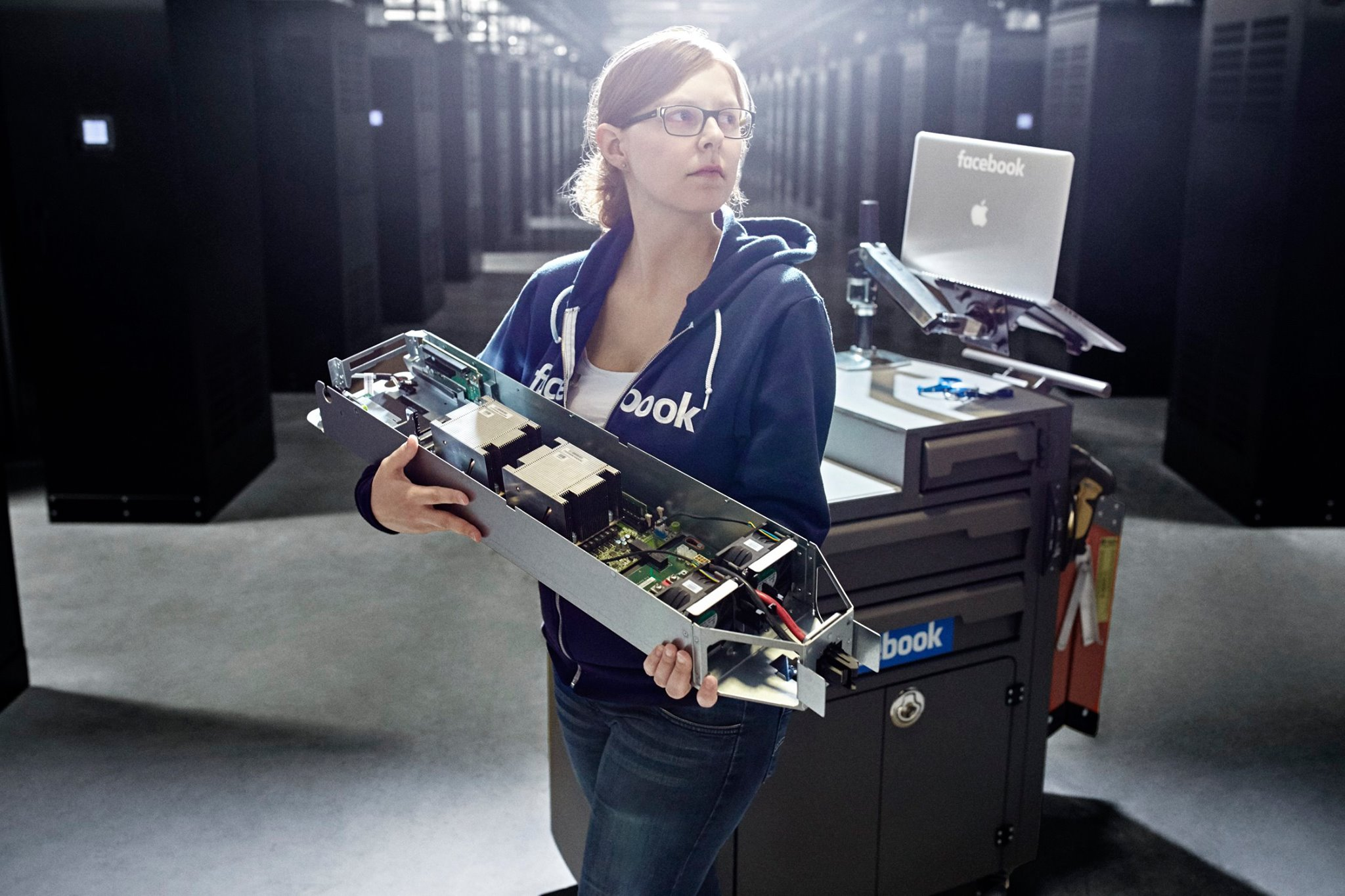 data-center-facebook